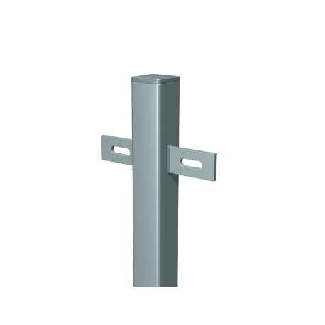 Plotový stĺpik 40x40x1000 mm s privarenými držiakmi a platničkou 120x90 mm žiarový zinok